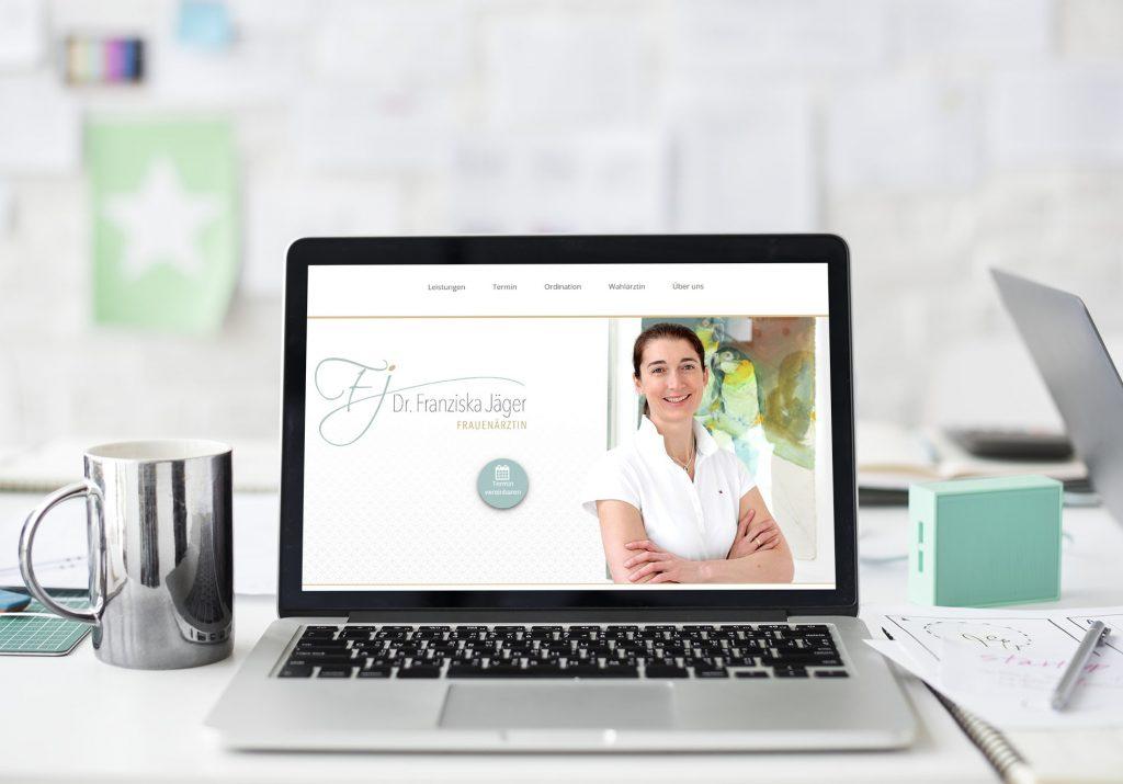 Webseite Dr. Franziska Jäger Ansicht Laptop